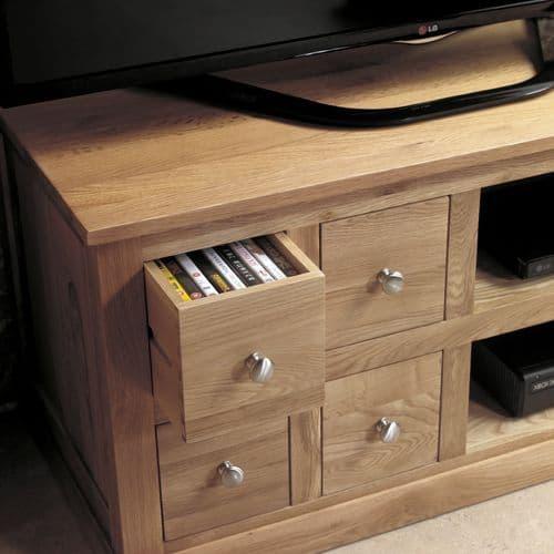 Mobel Oak 4 Drawer TV Unit |  Oak TV Unit With Storage And Shelves